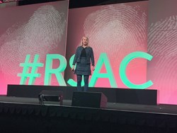 Dr Jessica Barker, presenting on the keynote stage at RSA in San Francisco