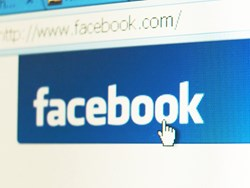 Fake Facebook Mobile Login Steals Credit Card Info