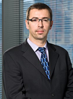 Alessandro Moretti, UBS Investment Bank