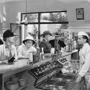 a history of beverage industry The history of the non alcoholic beverage service industry started in the 1940's with bottling industry magazine in the 1950's the beverage industry was touted as the fabulous 50's, during the 60.